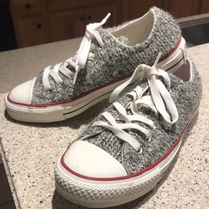 CONVERSE ALL STAR SHOES. Size 7